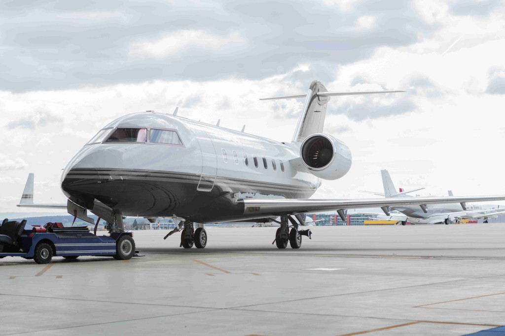 The Vanderhurst Jet Club - Private Jet Charter